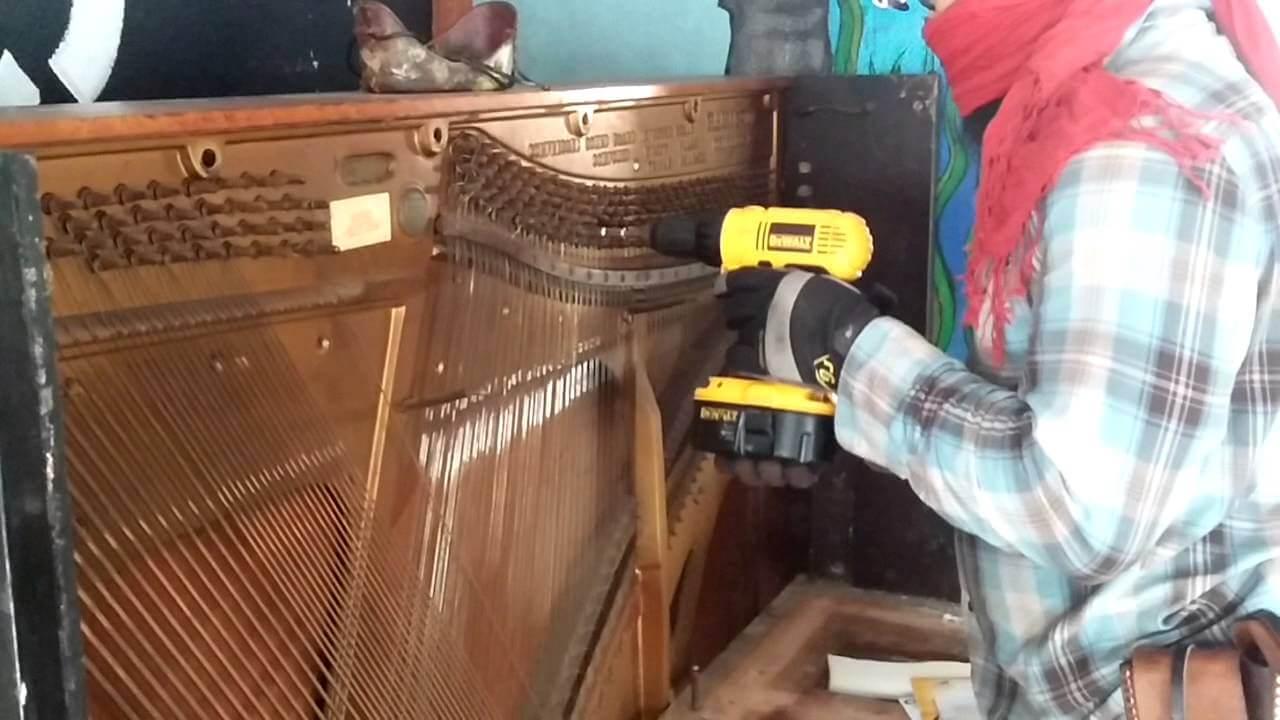 dismantle a piano